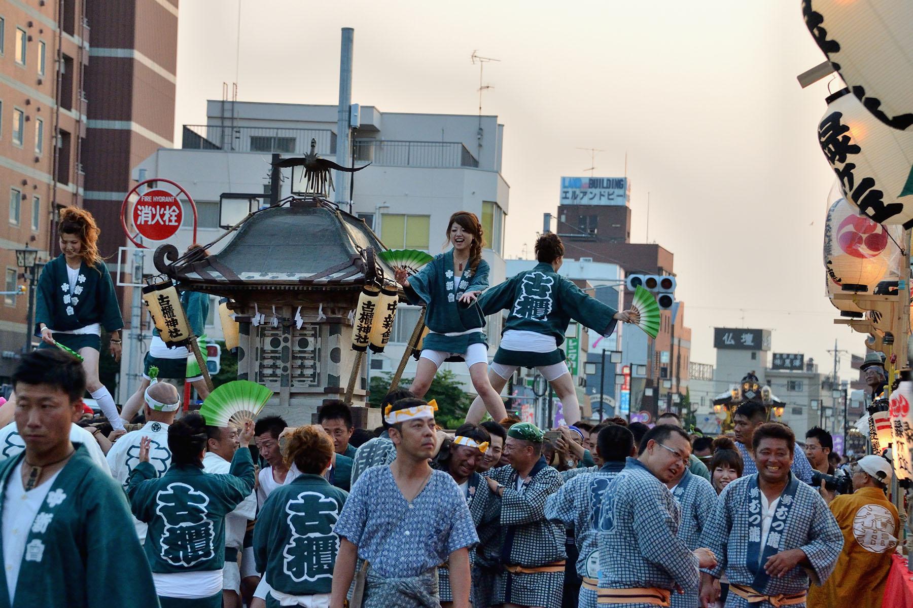 深谷まつり JR深谷駅北口お祭り広場